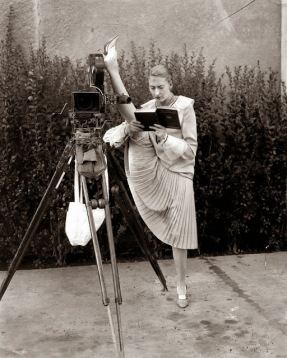 Dancer, Charlotte Greenwood demonstrating her flexibility at MGM studios in 1928